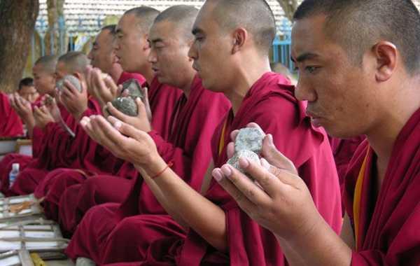 пение монахов