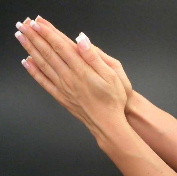 тонкие и длинные пальцы